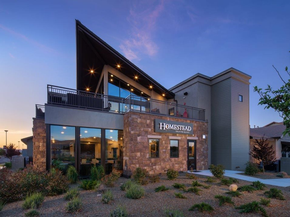 Fain Signature Group Earns Community Award for Apartments